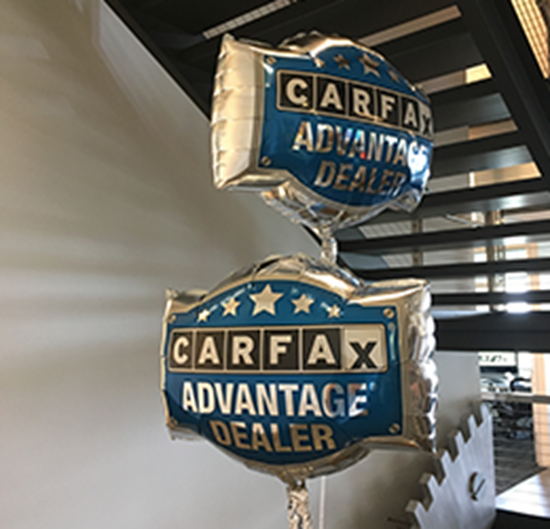 Carfax Lot Outfitter Advantage Logo Balloon